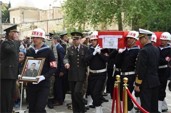 Jandarma Uzman Onbaşı Sabri Acem Tarsus'ta Toprağa Verildi