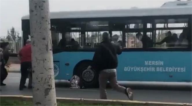 Mersin Toroslar'da Meydana Gelen Kazada Belediye Otobüsünün Altında Kalan 3 Çocuk Annesi 44 Yaşındaki Kadın Yaşamını Yitirdi
