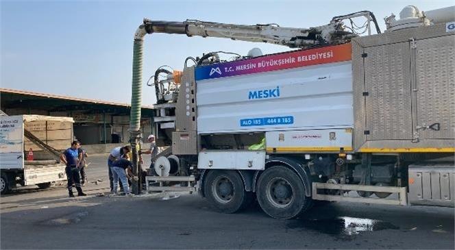 Mersin Büyükşehir'in Tarsus Hal Kompleksi'ndeki Altyapı Güçlendirme Çalışmaları Sürüyor