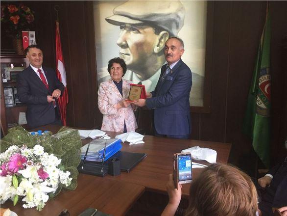 TSK Güçlendirme Vakfı Tarsus Fahri Tanıtım Kuruluna Tebrik ve Plaket