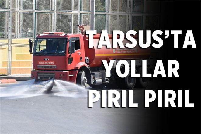Tarsus'ta Yollar Yıkanıp Konteynerlar Dezenfekte Ediliyor