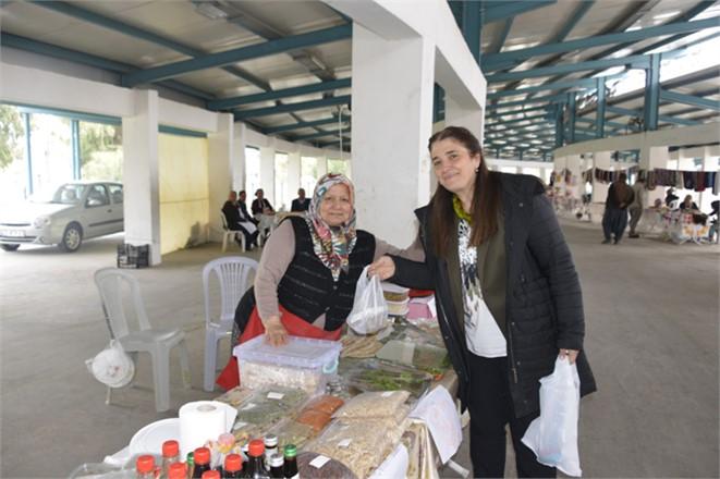 Belediye Başkan Adayı Esin Erkoç, Tarsusta Kadınlarla Bir Araya Geldi