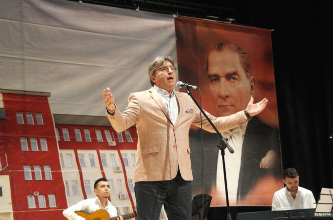 TRT Sanatçısı İbrahim Can'ın Muhteşem Konseri