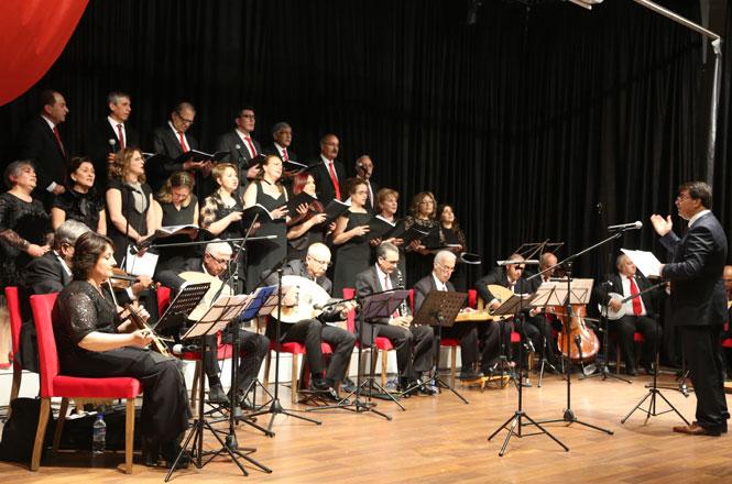 Mersin Erdemli'de Çağdaş Türk Müziği ve Çocuk Korosundan Muhteşem Konser