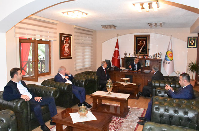 Kültür Eski Bakanı Sağlar'dan, CHP'li Tarsus Belediye Başkanı Dr. Haluk Bozdoğan'a Ziyaret