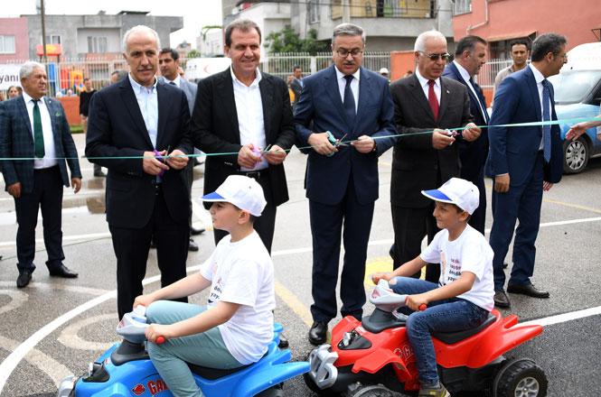Mersin Büyükşehir'den Çocuklara Trafik Eğitim Parkı