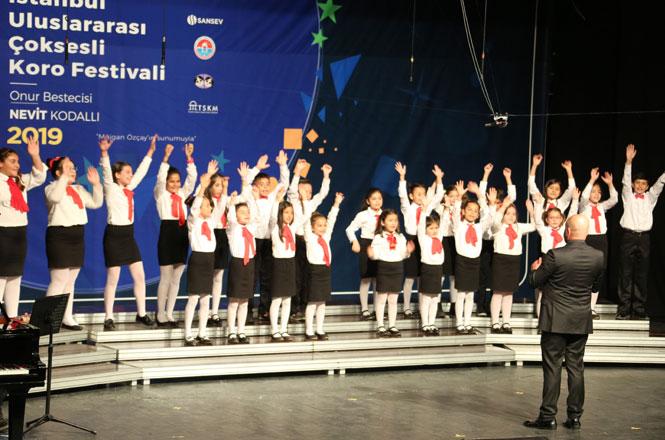 Çağdaş Türk Müziği Korosu ve Çocuk Korosu SANSEV'de