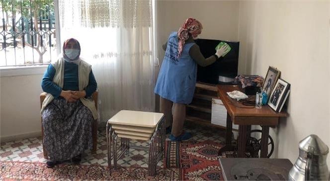 Akdeniz Belediyesi Evde Bakım ve Temizlik Hizmeti İle Vatandaşa Moral Oluyor