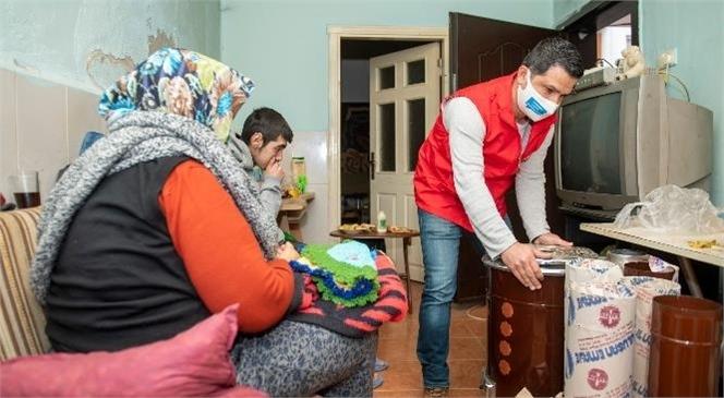 Büyükşehir'den Yardım Alan Gülay Canatar'ın Evi Artık Isınacak! Gülay Teyze İhtiyaçlarını Söyledi, Büyükşehir Yerine Getirdi