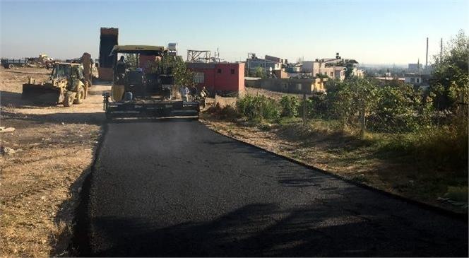 Akdeniz Belediyesi, Asfalt Kaplama ve Yama, Kaldırım Yenileme ve Yeni Yol Açma Çalışmalarını Sürdürüyor