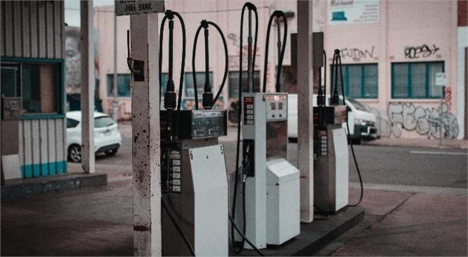 Bu Geceden İtibaren Benzinin Litre Fiyatına Zam Geliyor