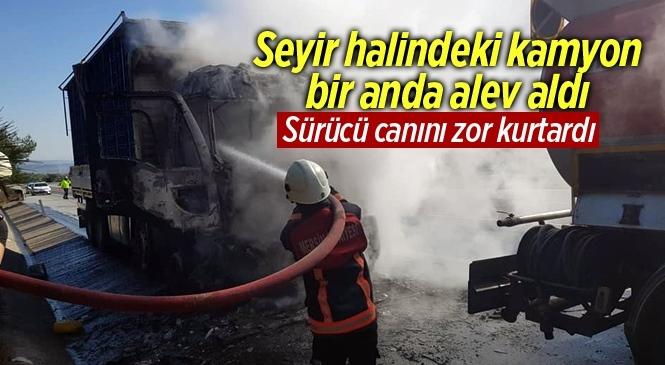 Tarsus'ta Otoyolda Kamyon Alev Alarak Yandı