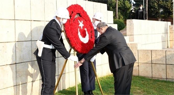 Mersin'in Düşman İşgalinden Kurtuluşunun 99. Yıldönümü Kutlama Programı Kapsamında Çelenk Sunma Töreni Gerçekleştirildi