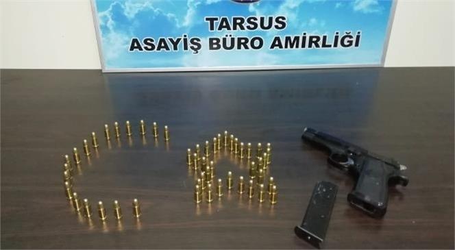 Mersin Tarsus'ta Bir Kişiyi Silahla Tehdit Eden Şahıs Polis Ekiplerince Yakalandı
